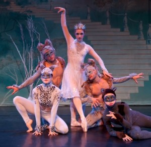 The Snow Queen and her Creatures, California Contemporary Ballet, Photo by Kathy Hanson